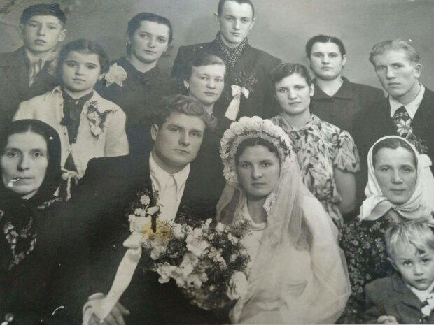 Весілля на Львівщині, фото з фейсбук