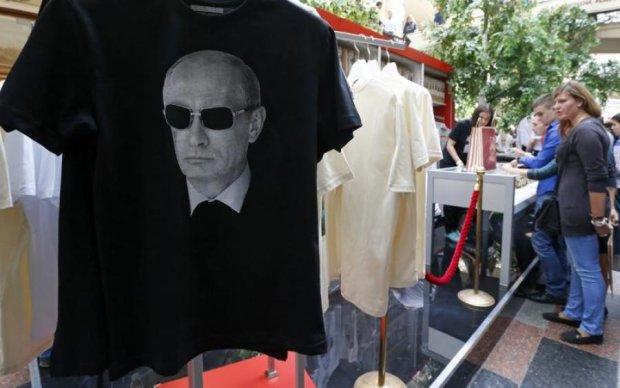 Під пах американцям: Путін одягне росіян у власний мотлох