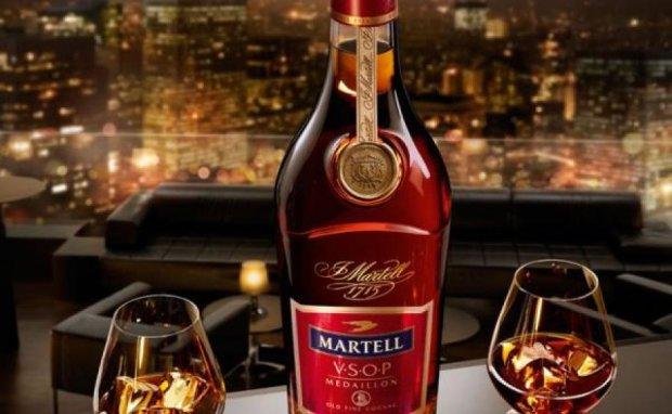 На алкоголь для чиновников потратят почти полтора миллиона