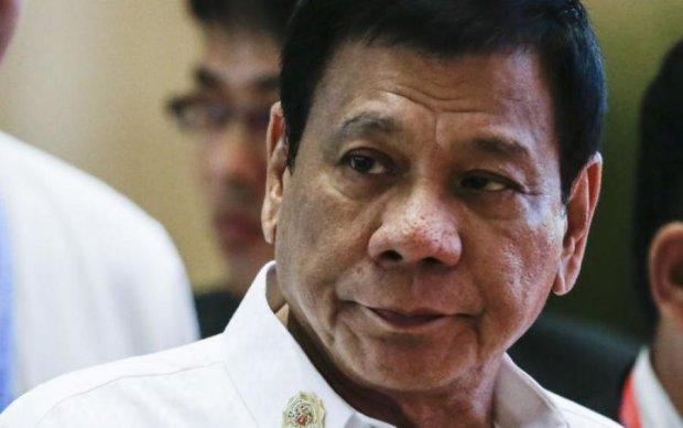 Президент Філіппін запровадив військовий стан