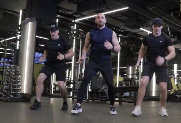 Кругове тренування, скріншот: YouTube / Khomytskyi Pro