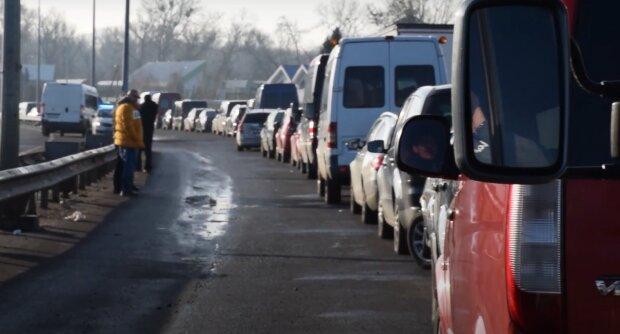 Украинцы массово ринулись в Польшу после Рождества: кутью съели, пора на заработки