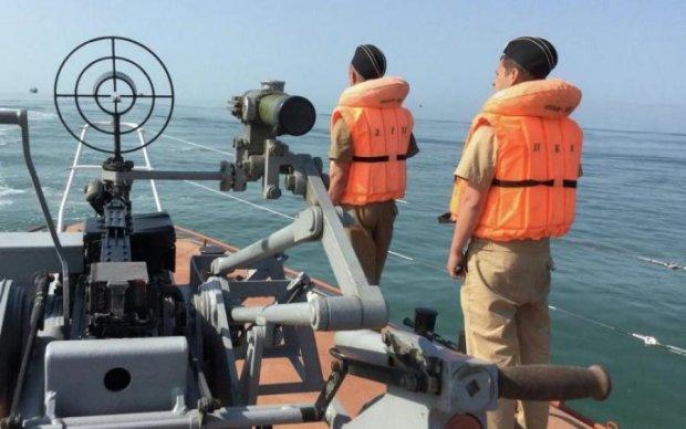 """Месть за Норд: оккупанты """"выловили"""" очередное украинское судно"""
