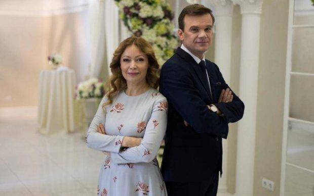 """""""Одруження наосліп"""": дружина-істеричка затопила сльозами Україну через расизм"""