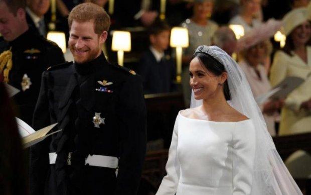 Весілля принца Гаррі і Меган Маркл: мережа породила свіжу порцію мемів, постраждала навіть королева