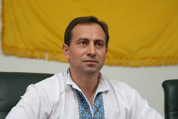 """""""Президенти приходять і тікають, а народ – вічний"""": Томенко дав важливі поради українцям"""