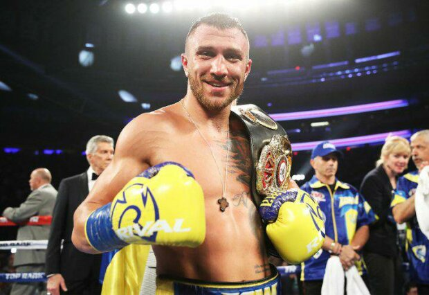 Василий Ломаченко вышел на ринг в Запорожье, горожане не поверили своим глазам: с чем пожаловал легендарный боксер