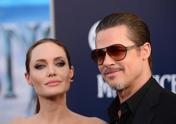 Містер і Місіс Сміт оголосили світову: Джолі і Пітт розділили батьківські обов'язки
