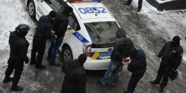 """Опиум для народа? В Запорожье """"эскобара в рясе"""" поймали при получении наркотиков"""
