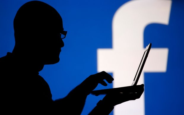 Facebook заблокував політика через непристойне прізвище. Вгадайте яке
