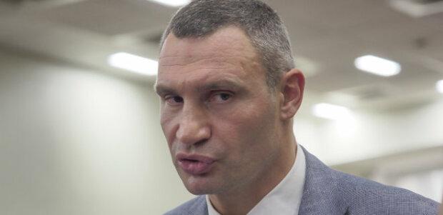 """Кличко может довести Киев до """"красной"""" зоны, столица покоряет антирейтинги"""