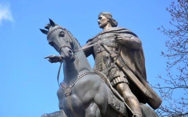 Що ви знаєте про першого короля Київської Русі?