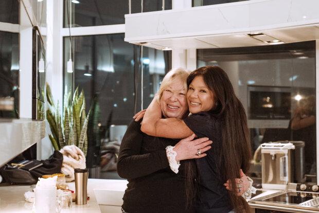 Руслана Лижичко з мамою, фото: Facebook