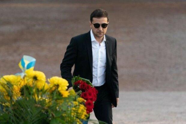 Главное за ночь: тайная поездка Зеленского, цена растаможки евроблях, новая коммуналка и налоги в Украине