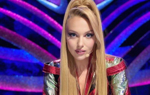 Полякова в халатике зацеловала Данилко после соблазнительных танцев: певец лишь посмеялся