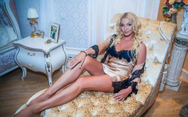 """Елітний """"свинарник"""" Волочкової показали на відео"""