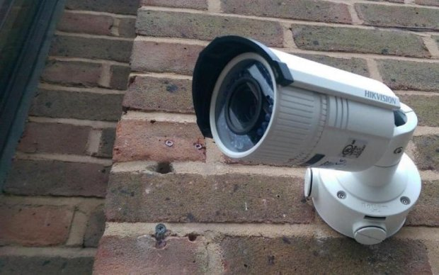 Розумні камери зможуть доносити на господарів