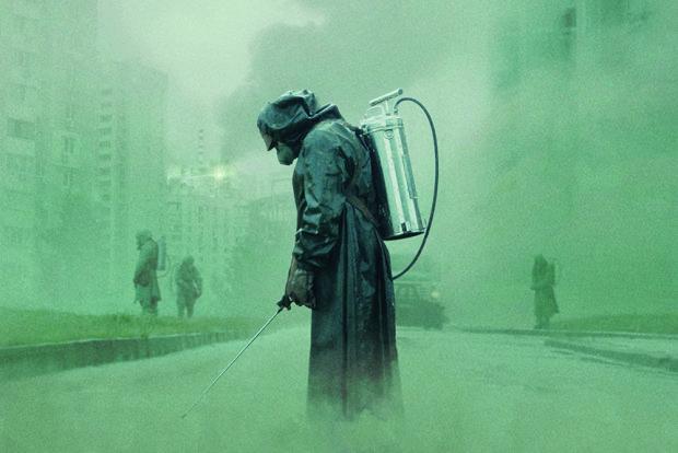 """Чернобыль от НВО получил по заслугам: Дрянь покорила всю Британию, """"лучшее, что мы видели"""""""