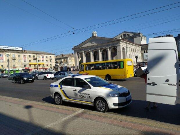 Патрульна поліція, фото - znaj.ua