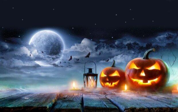 Голубая луна на Хэллоуин