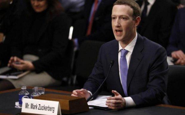 Цукербергові сльози: як виступ в Конгресі вплинув на Facebook