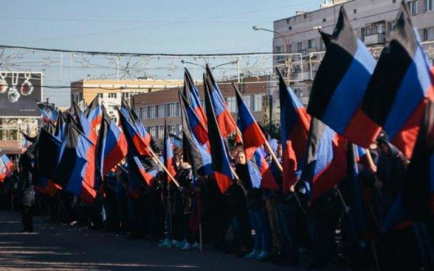 """Бойовики змушують бізнесменів любити """"ДНР"""""""