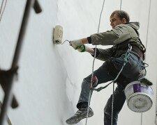 Пенсіонер перерізав мотузки альпіністам