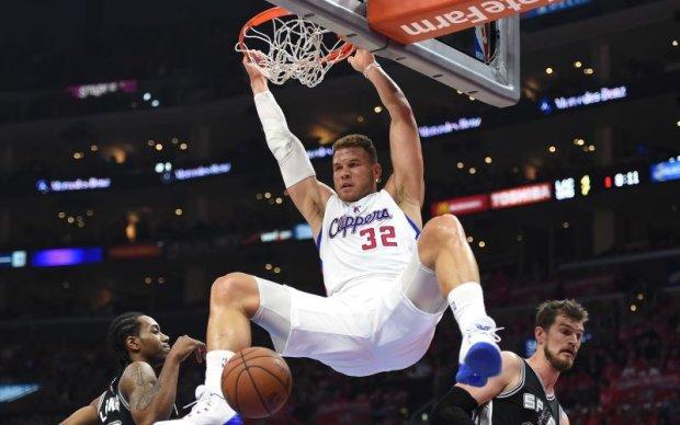 НБА: Лідер Кліпперс поклявся у вірності клубу