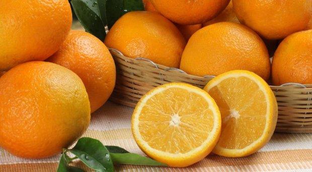 """На Дніпропетровщині супермаркет продає апельсини з """"сюрпризом"""": вразливим краще не дивитися"""