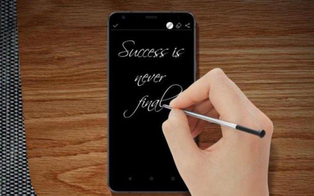 LG Stylo 4 померяется с Galaxy Note 9 стилусами