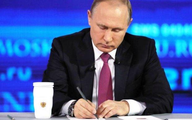 Путин пожаловался на провалы в памяти