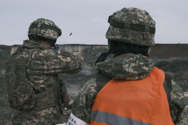 Військові, фото: ООС