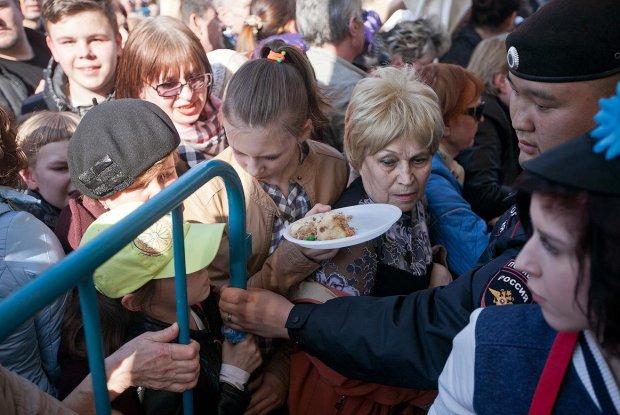"""Осторожно, может стошнить: россияне опозорились в супермаркете, весь """"сыр-бор"""" из-за... трусов"""