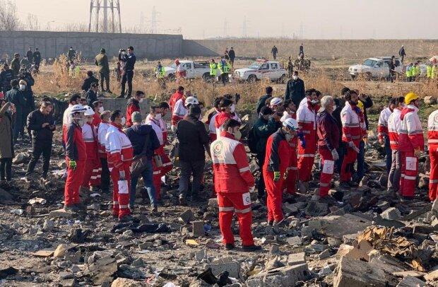 """В аварії борту МАУ загинув молодий український стюард: """"Батьки чекали з рейсу"""""""