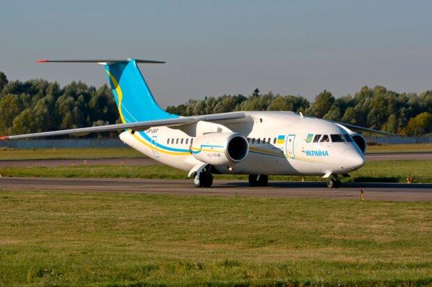 Літак Ан-148, фото: mil.in.ua