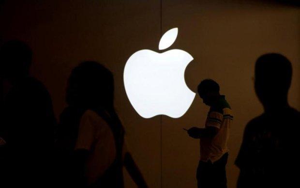 Роскомнадзор готов начать войну с Apple