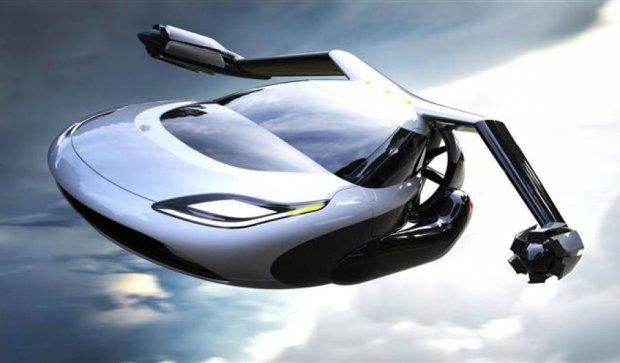 Літаючий автомобіль випробовують в США