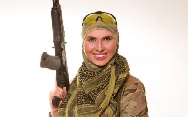 Українська солдат Джейн: що відомо про Аміну Окуєву