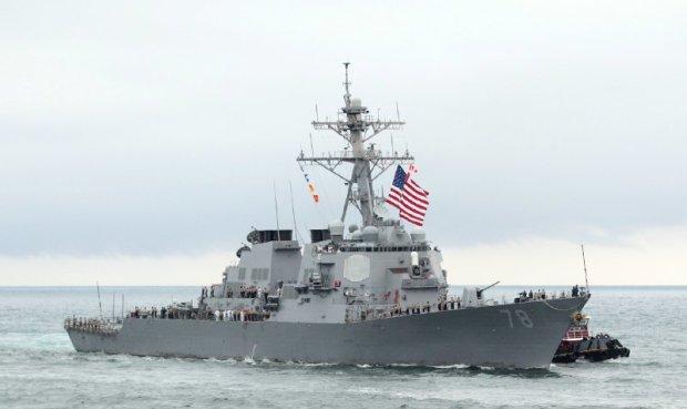 Боевой корабль США ворвался в Черное море: что происходит