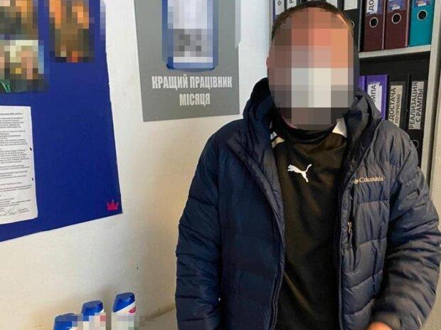 У Києві промишляє дивний злодій, який страждає від лупи