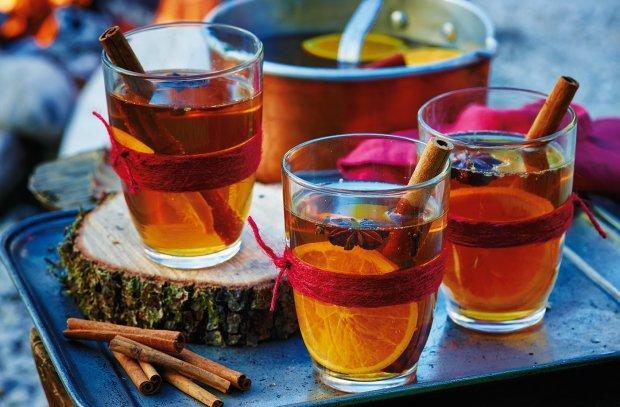 Гарячий пряний сидр: рецепт осіннього настрою
