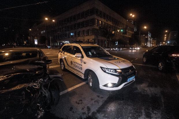 У Києві зіштовхнулися два Mersedes, машини розкидали, як кеглі: хто винен у дорожньому кошмарі