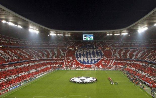Баварія видозмінила емблему клубу