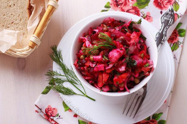Постное меню: вкусный винегрет с квашеной капустой