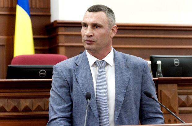 """Кличко запанікував та хоче перенести вибори мера: сплив факт його """"напівлегітимності"""" на посаді голови КМДА"""