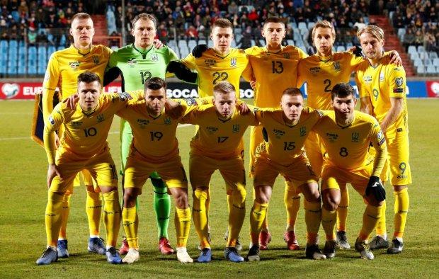 Шевченко вызвал в сборную Украины 11 легионеров: снова без Ракицкого, но с Ярмоленко