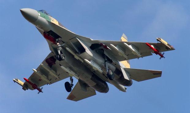 Пруться, куди не просять: ВПС Бельгії перехопили російські військові винищувачі