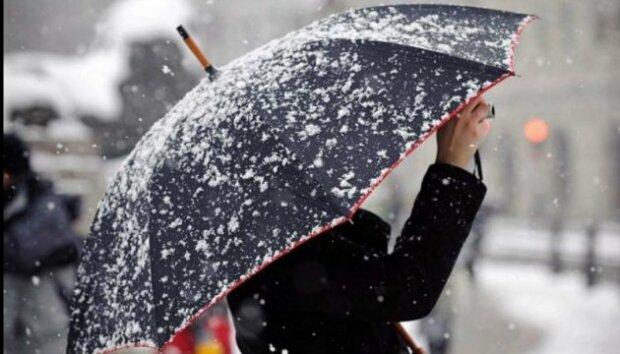 С первым снегом! Погода приготовила киевлянам утренний сюрприз, - кадры холодного чуда