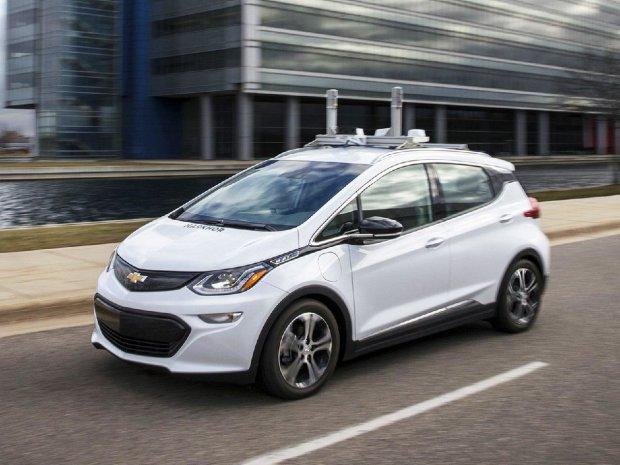 Беспилотные авто General Motors вышли из-под контроля