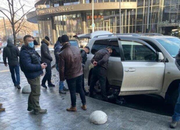 Задержание Расюка и Нескоромного, фото: Facebook